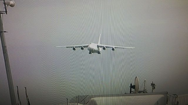 Aircraft carrying the remains of the deceased approaching Waterkloof airforce base.